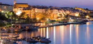 Puerto-Mao-Menorca-1900x900