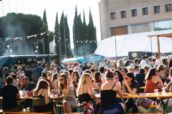 street_style_looks_festival_musica_sonar_2016_barcelona_huawei_391253875_1200x.jpg